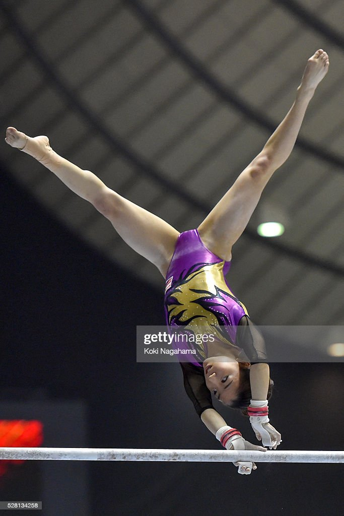 <a gi-track='captionPersonalityLinkClicked' href=/galleries/search?phrase=Asuka+Teramoto&family=editorial&specificpeople=7856851 ng-click='$event.stopPropagation()'>Asuka Teramoto</a> competes in the Uneven Parallel Bars during the Artistic Gymnastics NHK Trophy at Yoyogi National Gymnasium on May 4, 2016 in Tokyo, Japan.