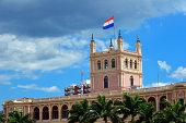 Asunción, Paraguay: government HQ building (1867) - facade on the river side, seen from Avenida Costanera - photo by M.Torres