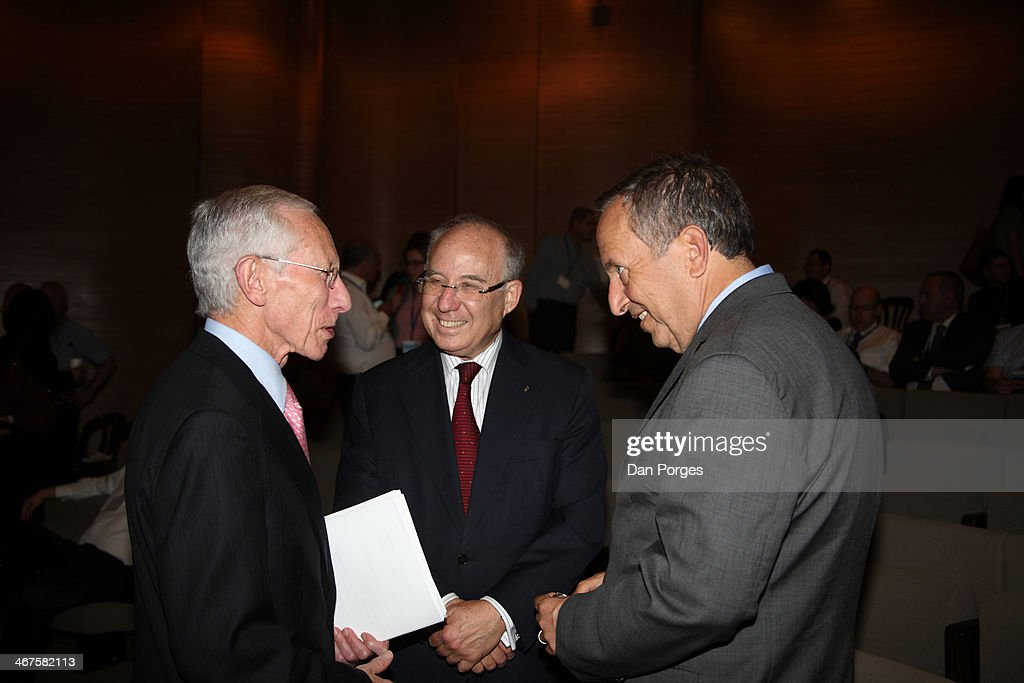 At a Bank of Israel conference in the Israel Museum, Governors of the Bank of Israel Professor <a gi-track='captionPersonalityLinkClicked' href=/galleries/search?phrase=Stanley+Fischer&family=editorial&specificpeople=233518 ng-click='$event.stopPropagation()'>Stanley Fischer</a> (left) and former bank governor Professor Jacob Frenkel (center) speak with former US Secretary of the Treasury Lawrence Henry Summers, Jerusalem, Israel, June 18, 2013.
