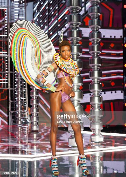 'THE VICTORIA'S SECRET FASHION SHOW' IN SHANGHAI CHINA FOR THE FIRST TIME at the MercedesBenz Arena Broadcasting TUESDAY NOV 28 ON CBS Pictured Maria...