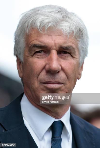 Atalanta BC coach Gian Piero Gasperini looks on before the Serie A match between Udinese Calcio and Atalanta BC at Stadio Friuli on May 7 2017 in...