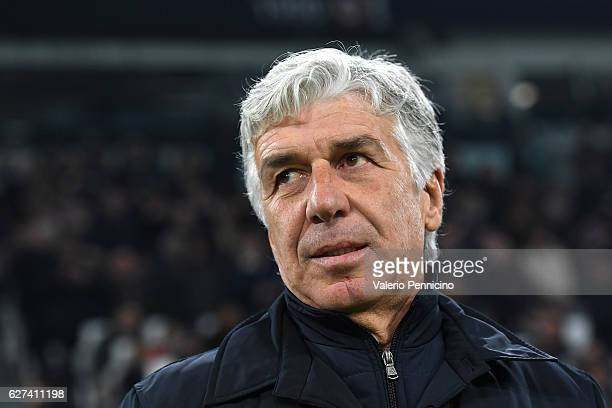 Atalanta BC head coach Gian Piero Gasperini looks on during the Serie A match between Juventus FC and Atalanta BC at Juventus Stadium on December 3...