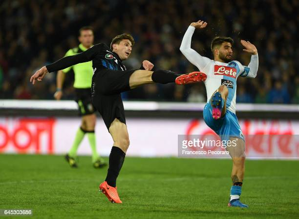 Atalantais player Mattia Caldara scores the 20 goal during the Serie A match between SSC Napoli and Atalanta BC at Stadio San Paolo on February 25...