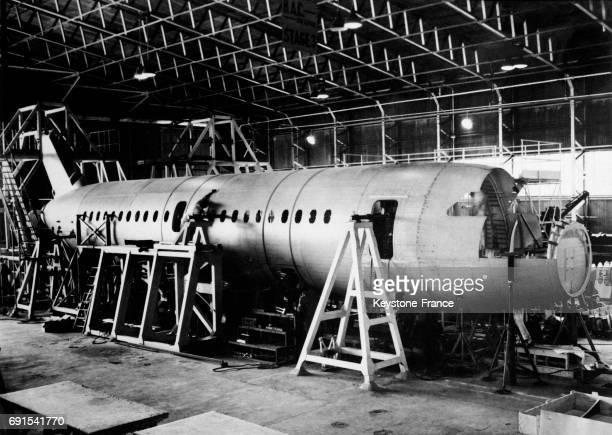 Atelier d'étude et de construction du Concorde à la British Aircraft Corporation à Filton RoyaumeUni en 1964