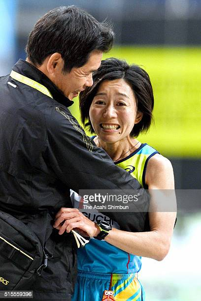 Athens Olympic Women's marathon gold medalist Mizuki Noguchi reacts after competing in the Nagoya Women's Marathon at the Nagoya Dome on March 13...