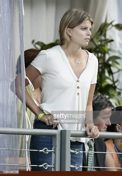 Athina Onassis gives money to his husband Alvaro Miranda at the jumping in Monaco on June 28 2007