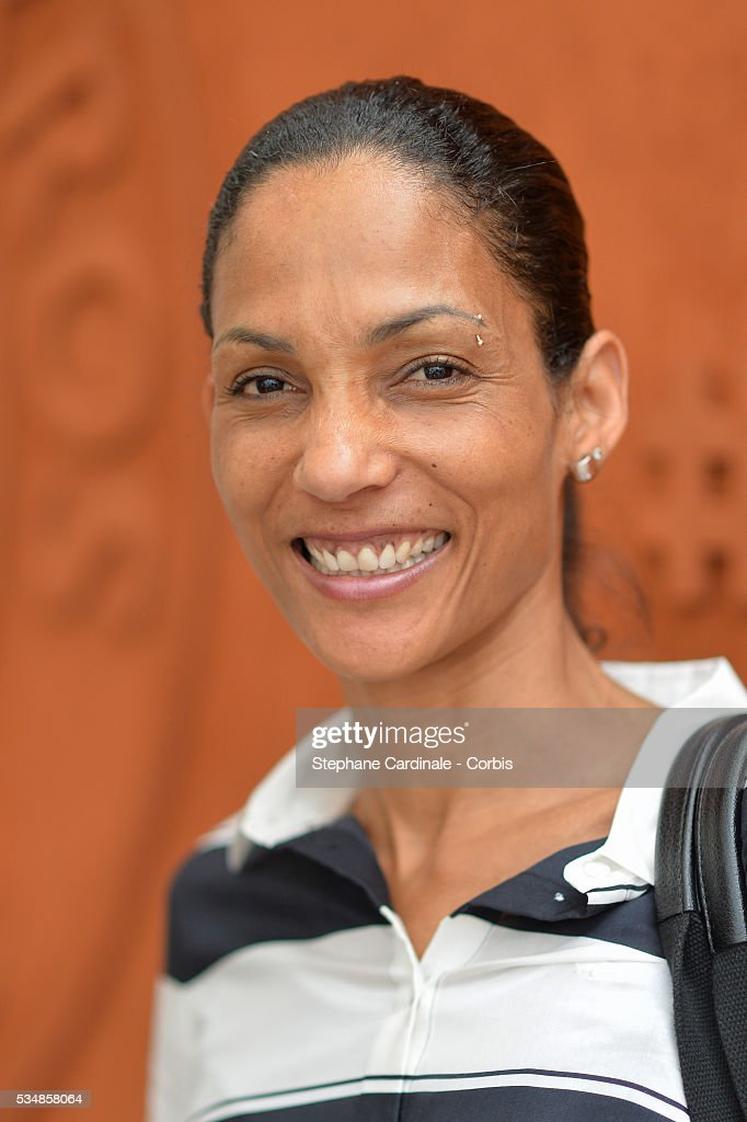 Athlet <a gi-track='captionPersonalityLinkClicked' href=/galleries/search?phrase=Christine+Arron&family=editorial&specificpeople=221054 ng-click='$event.stopPropagation()'>Christine Arron</a> attends day seven of the 2016 French Open at Roland Garros on May 28, 2016 in Paris, France.