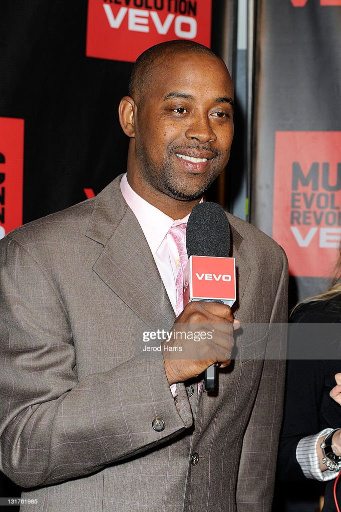 Athlete <a gi-track='captionPersonalityLinkClicked' href=/galleries/search?phrase=Kenny+Anderson+-+Basketballer&family=editorial&specificpeople=202155 ng-click='$event.stopPropagation()'>Kenny Anderson</a> arrives at the NBA Players Association All-Star Gala at JW Marriott Los Angeles at L.A. LIVE on February 19, 2011 in Los Angeles, California.