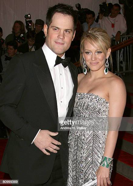 Athlete Mike Comrie and singer Hilary Duff arrives to the Metropolitan Museum of Art Costume Institute Gala Superheroes Fashion and Fantasy held at...