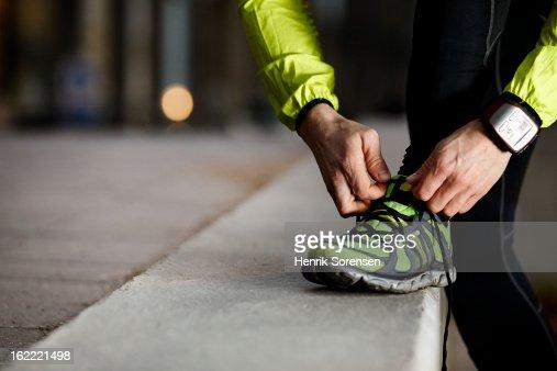 Athlete preparing work out