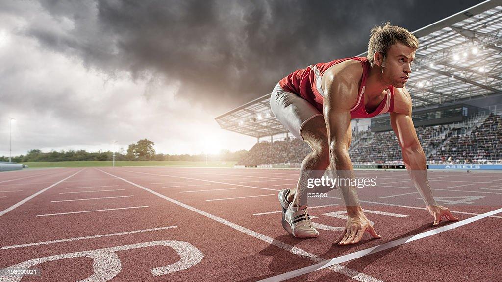 athlete ready to run : Stock Photo