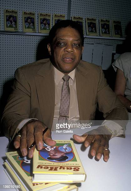 Athlete Willie Mays attends American Booksellers Assocation Convention on May 29 1988 at the Anaheim Convention Center in Anaheim California