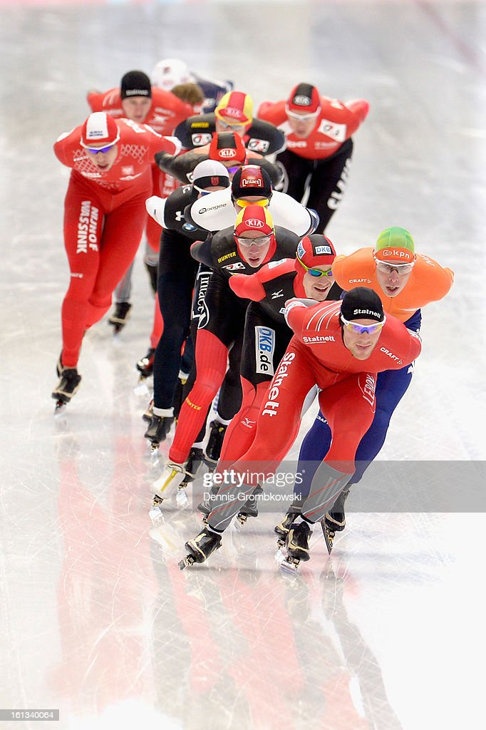 Athletes compete in the Men's Division A mass start race during day two of the ISU Speed Skating World Cup at Max Aicher Arena on February 10, 2013 in Inzell, Germany.