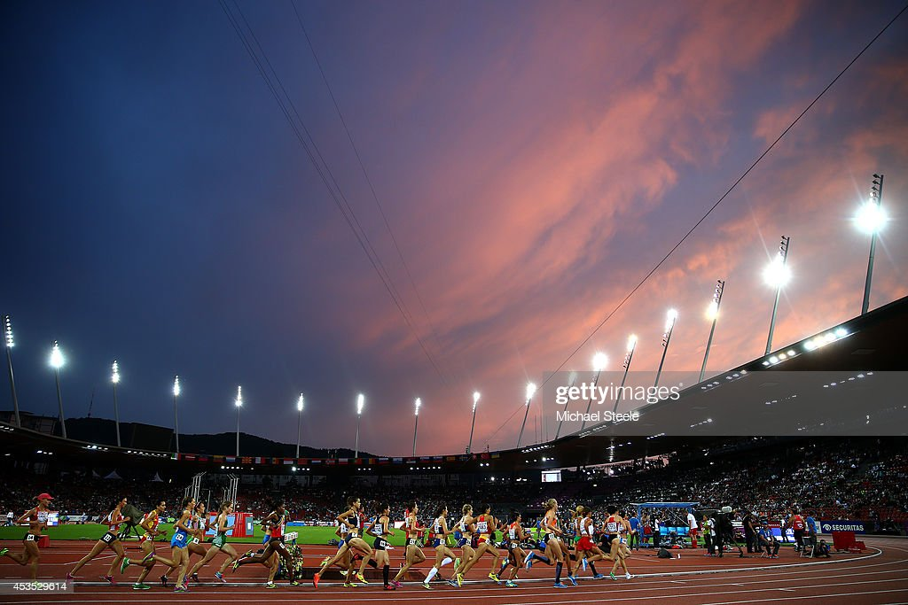Athletes compete in the Women's 10,000 metres final during day one of the 22nd European Athletics Championships at Stadium Letzigrund on August 12, 2014 in Zurich, Switzerland.