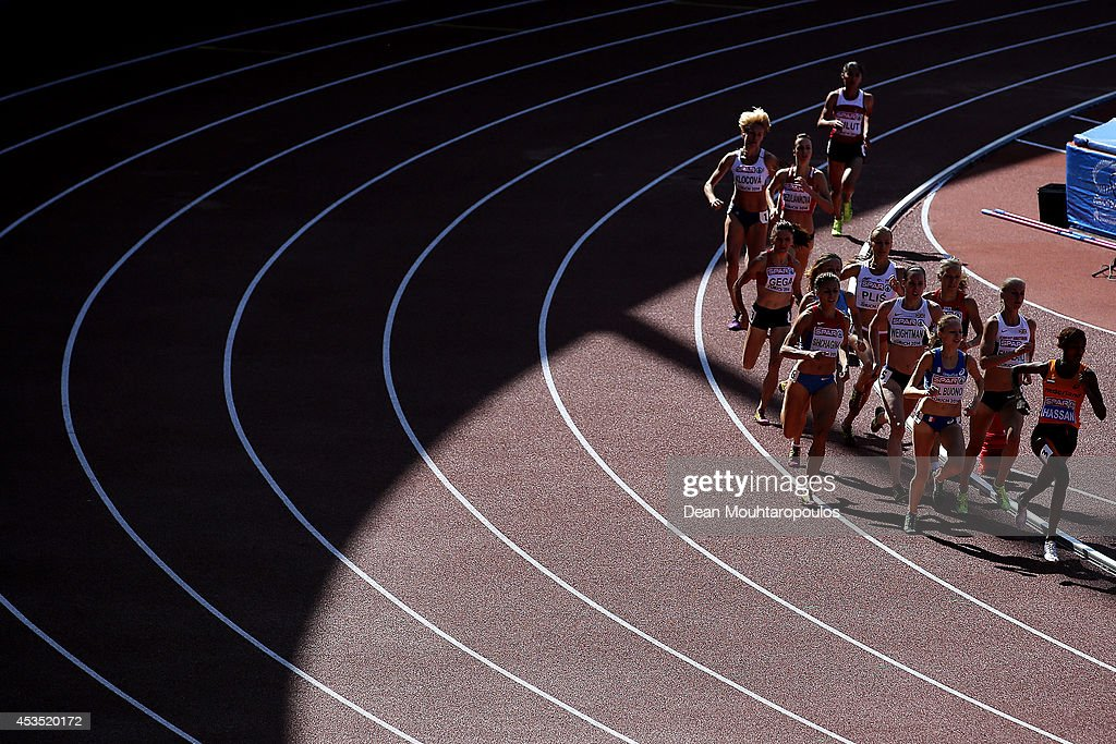 Athletes compete in the Women's 1500 metres heats during day one of the 22nd European Athletics Championships at Stadium Letzigrund on August 12, 2014 in Zurich, Switzerland.