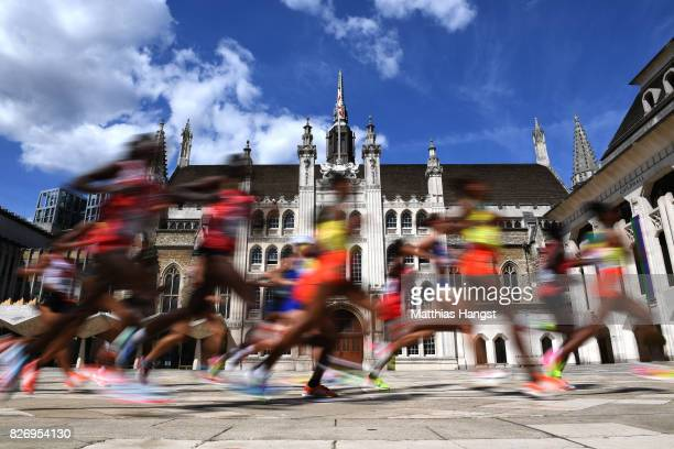 Athletes run past Guildhall during the Women's Marathon on day three of the 16th IAAF World Athletics Championships London 2017 on August 6 2017 in...
