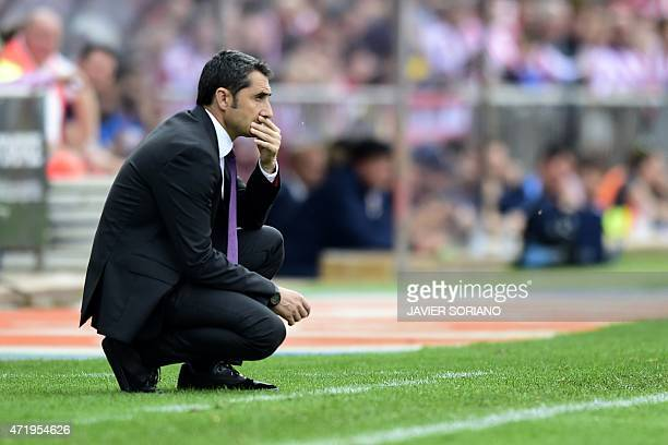 Athletic Bilbao's coach Ernesto Valverde gestures during the Spanish league football match Club Atletico de Madrid vs Athletic Club Bilbao at the...
