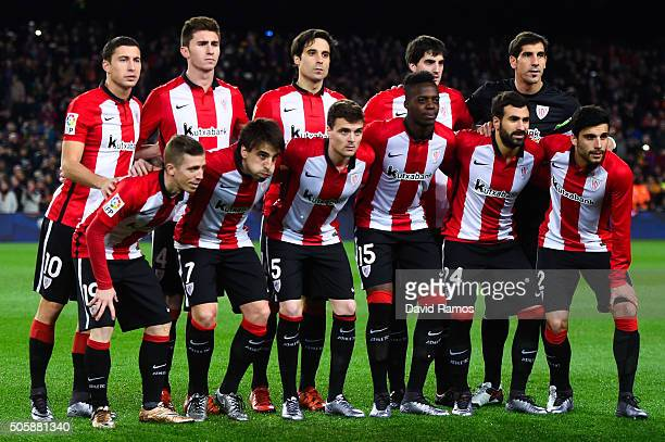 Athletic Club de Bilbao pose for a team picture prior to the La Liga match between FC Barcelona and Athletic Club de Bilbao at Camp Nou on January 17...