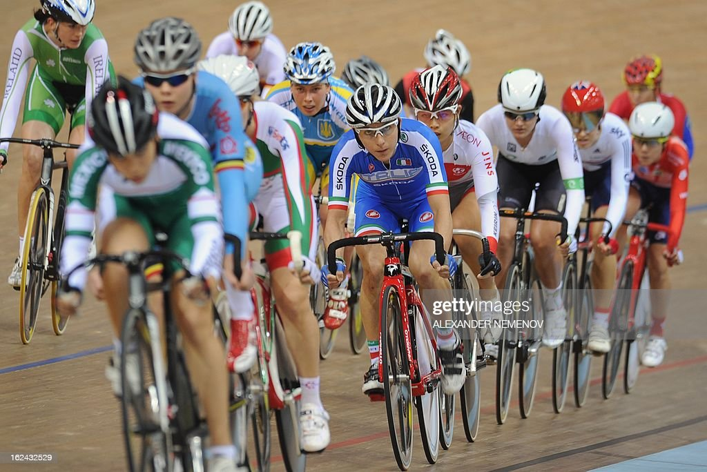 Athlets compete in Womens' 25 km Point Race event of the UCI Track Cycling World Championships in Minsk on February 23, 2013.