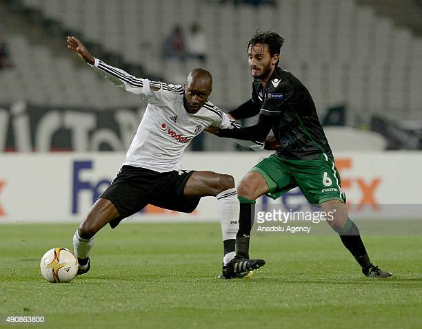 Atiba Hutchinson of Besiktas and Alberto Aquilani of Sporting CP vie for the ball during the UEFA Europa League group H football match between...