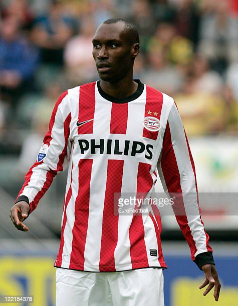 Atiba Hutchinson of PSV Eindhoven in action during the Dutch Eredivisie match between ADO Den Haag and PSV Eindhoven held on August 21 2011 at the...