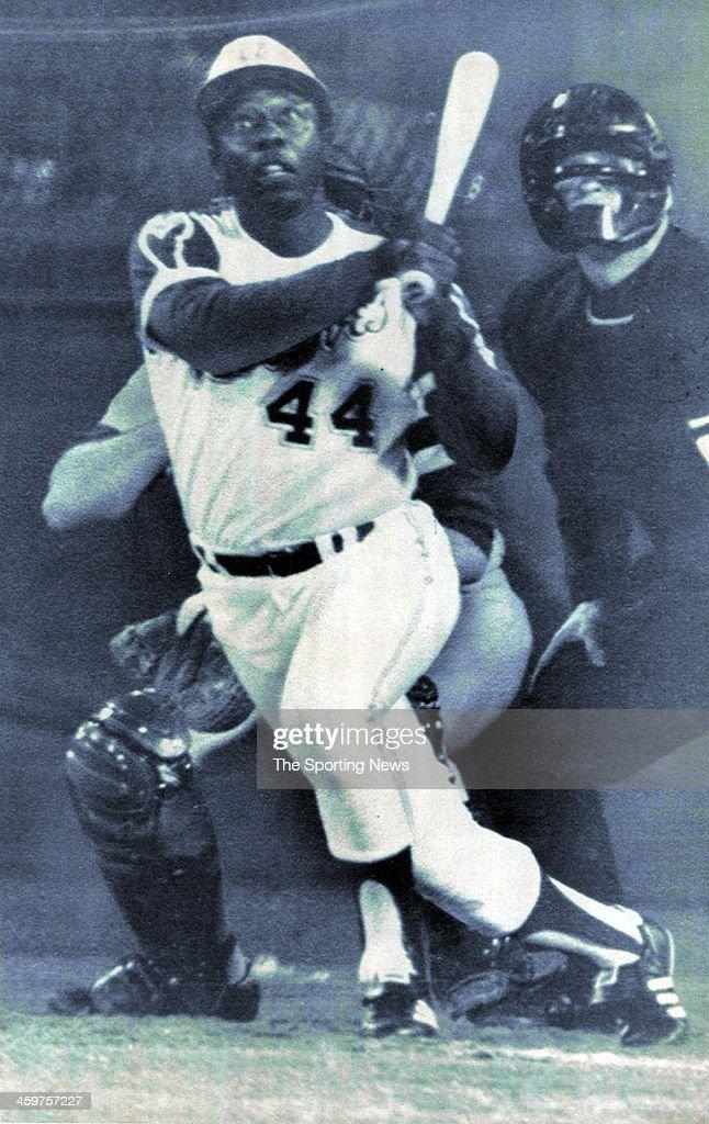 Atlanta Braves Hank Aaron hits career home run 715 against Los Angeles Dodgers pitcher Al Downing on Aril 8 1974 at AtlantaFulton County Stadium in...