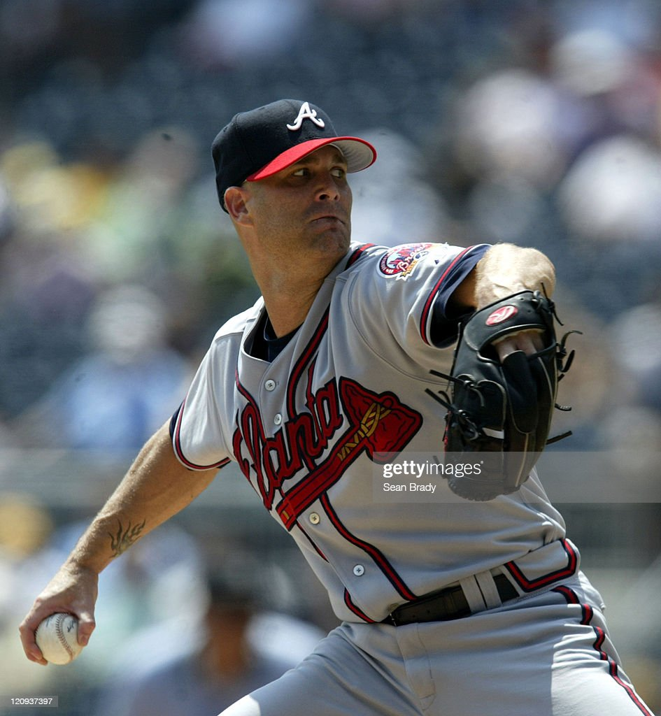 Atlanta Braves Tim Hudson delivers against Pittsburgh at PNC Park in Pittsburgh, Pennsylvania on August 3, 2006.