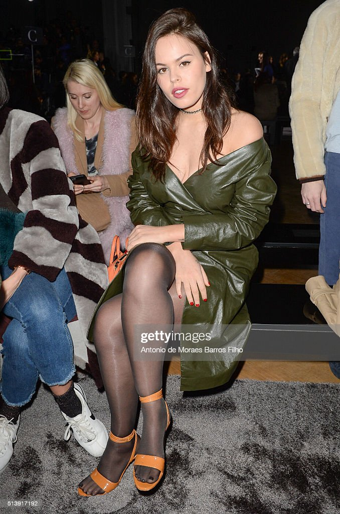 Nina Ricci : Front Row- Paris Fashion Week Womenswear Fall/Winter 2016/2017