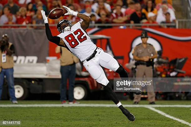 Atlanta Falcons tight end Josh Perkins attempts to make a catch during the NFL game between the Atlanta Falcons and Tampa Bay Buccaneers on November...