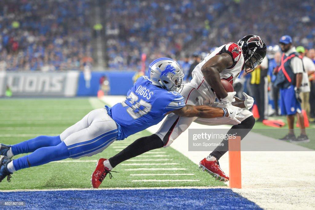 NFL: SEP 24 Falcons at Lions : Fotografia de notícias
