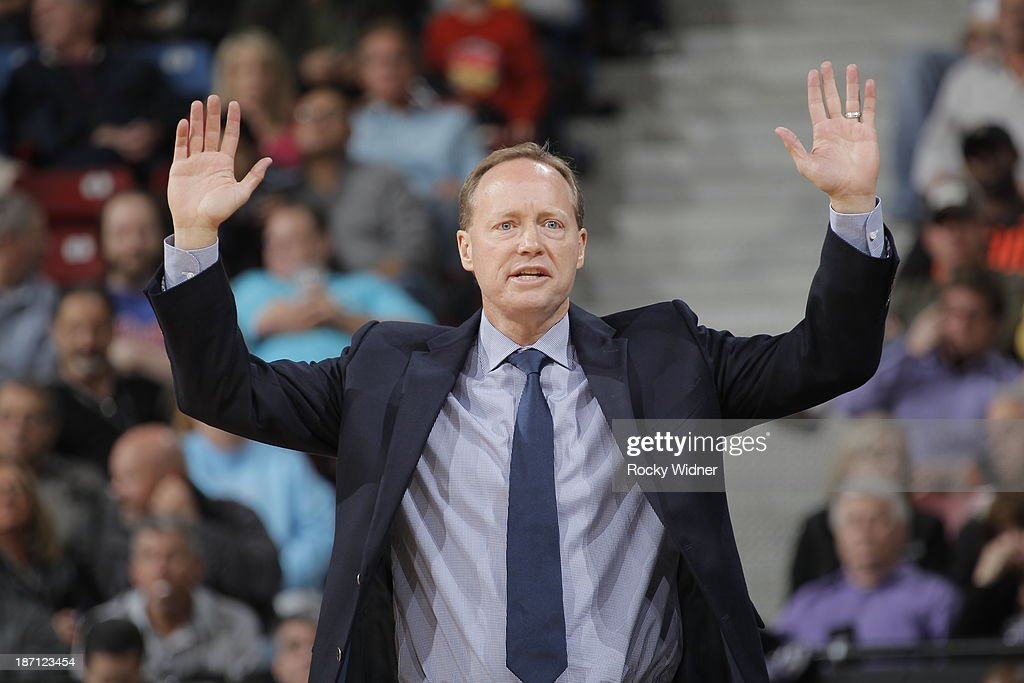 Atlanta Hawks head coach <a gi-track='captionPersonalityLinkClicked' href=/galleries/search?phrase=Mike+Budenholzer&family=editorial&specificpeople=2332367 ng-click='$event.stopPropagation()'>Mike Budenholzer</a> calls out the play from the sideline against the Sacramento Kings at Sleep Train Arena on November 5, 2013 in Sacramento, California.