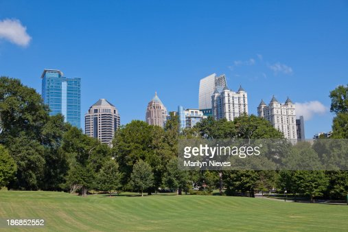 Atlanta skyline from the park
