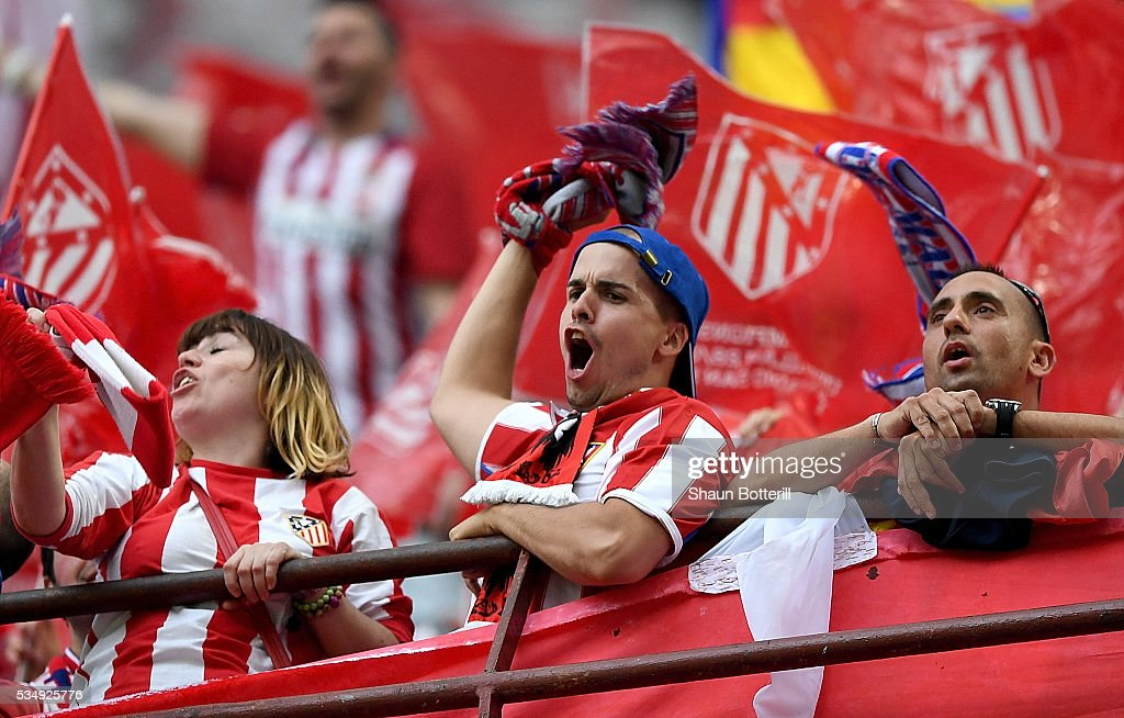 Atletico de Madrid fans show their support prior to the UEFA Champions League Final match between Real Madrid and Club Atletico de Madrid at Stadio Giuseppe Meazza on May 28, 2016 in Milan, Italy.