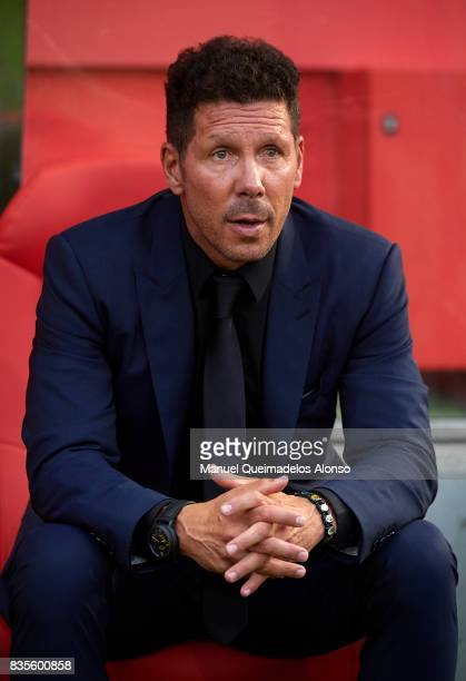 Atletico de Madrid manager Diego Pablo Simeone looks on prior to the La Liga match between Girona and Atletico Madrid at Municipal de Montilivi...