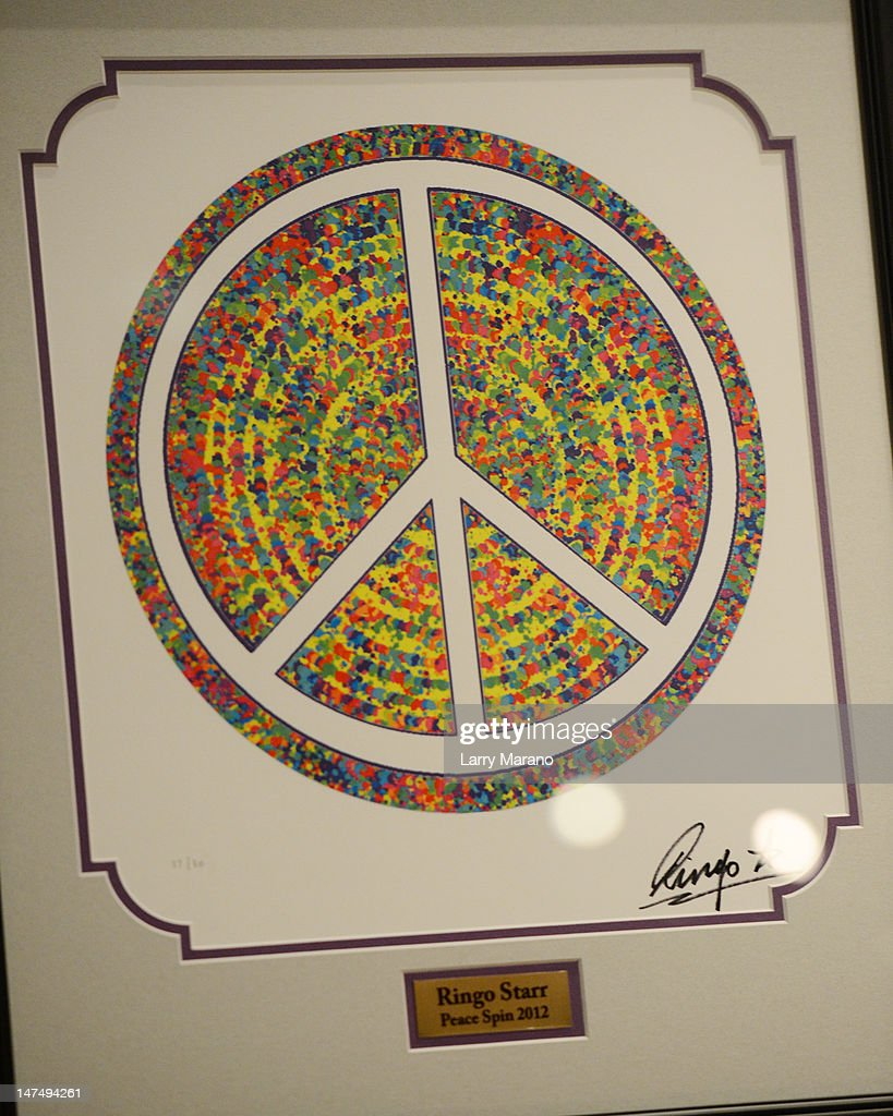 Atmosphere as Ringo Starr displays his art work at Hard Rock Cafe on June 30, 2012 in Hollywood, Florida.