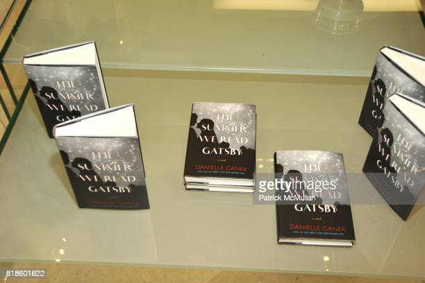 Atmosphere at Book Party for THE SUMMER WE READ GATSBY by Danielle Ganek at Dennis Basso on June 2 2010 in New York City