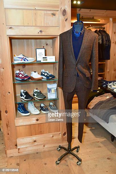 Atmosphere at Frank Muytjens JCrew Celebrate David Coggins New Book 'Men and Style' at JCrew Men's Shop on October 27 2016 in New York City