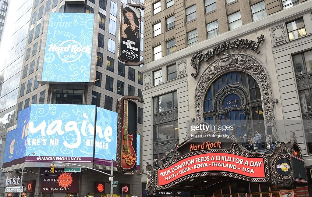 Atmosphere at the 5th annual Imagine There's No Hunger Campaign launch at the Hard Rock Cafe, Times Square on November 19, 2012 in New York City.
