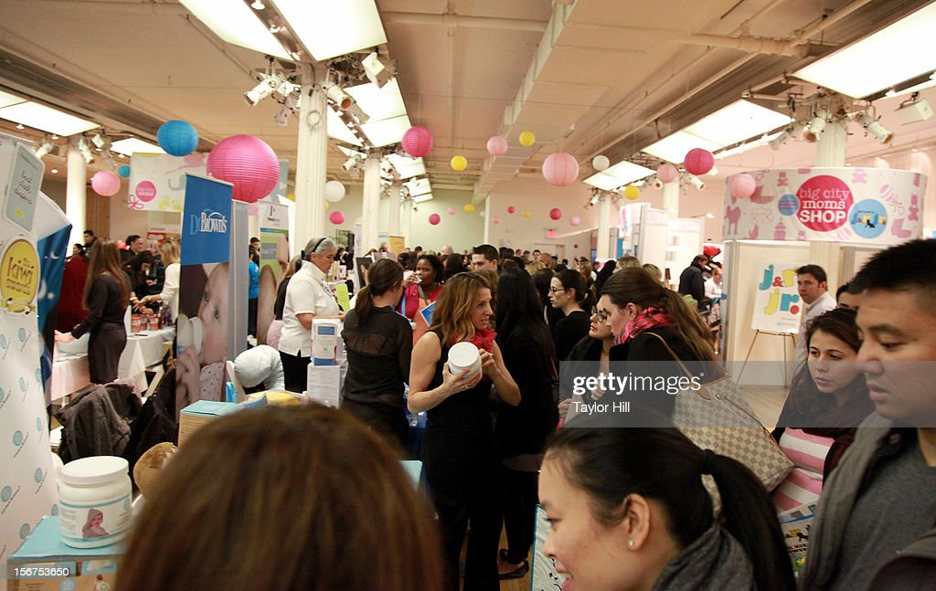 Atmosphere at the Big City Moms 14th Biggest Baby Shower at the Metropolitan Pavilion on November 19, 2012 in New York City.