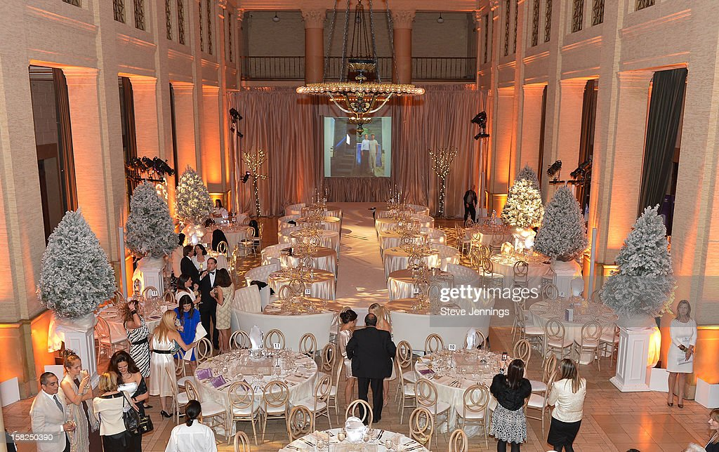 Atmosphere at the Gorgeous & Green Gala at The Bently Reserve on December 11, 2012 in San Francisco, California.