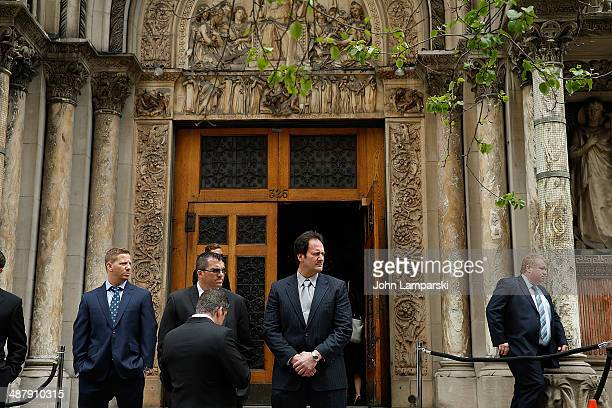 Atmosphere at the memorial service for L'Wren Scott at St Bartholomew's Church on May 2 2014 in New York City Fashion designer L'Wren Scott committed...