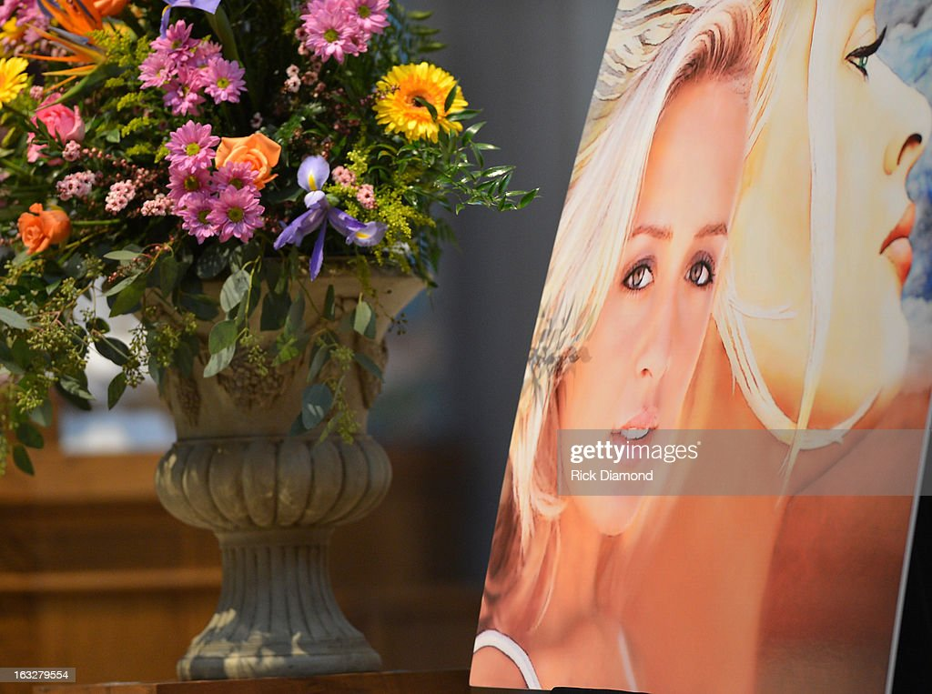 Atmosphere at the memorial service for Mindy McCready at Cathedral of the Incarnation on March 6, 2013 in Nashville, Tennessee. McCready was found dead from an apparent suicide on February 17, 2013 at her home in Heber Springs, Arkansas.