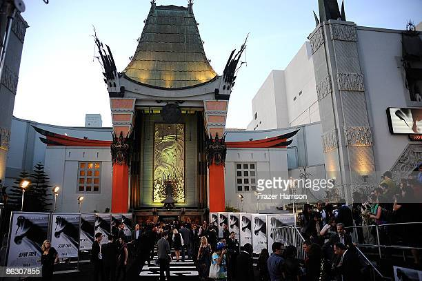 Atmosphere at the Premiere Of Paramount's 'Star Trek' on April 30 2009 at Grauman�s Chinese Theatre Hollywood California