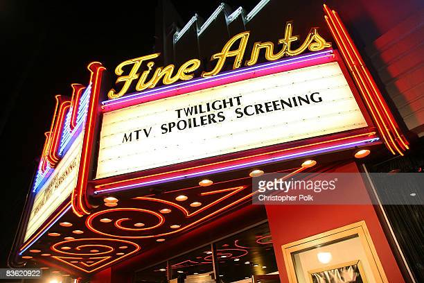 LOS ANGELES CA NOVEMBER 07 Atmosphere at the sneak preview of Twilight at the filming of MTV's 'Spoiler' in Beverly Hills CA on Friday Nov 7 2008