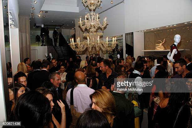 Atmosphere at VOGUE and ELIE TAHARI host cocktails to celebrate TATIANA BONCOMPAGNI's new book GILDING LILY at Elie Tahari on September 10 2008 in...