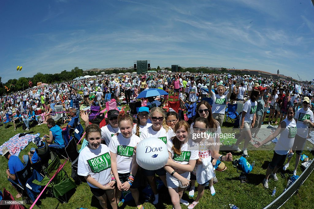 Atmosphere during Dove presents positive role models at 'Girl Scouts Rock The Mall' at the National Mall on June 9, 2012 in Washington, DC.