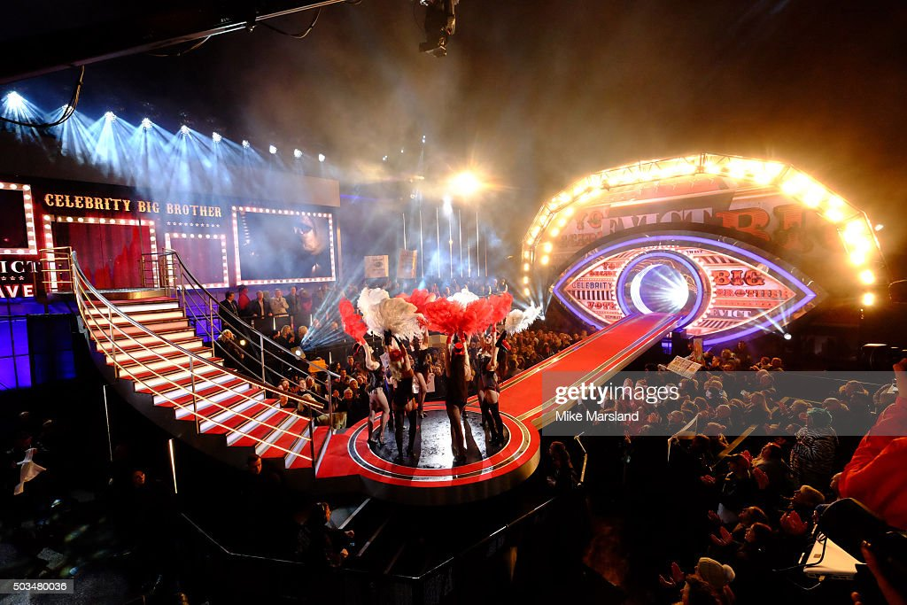 Atmosphere during the first episode of Celebrity Big Brother 2016 outside the Big Brother House at Elstree Studios on January 5 2016 in Borehamwood...