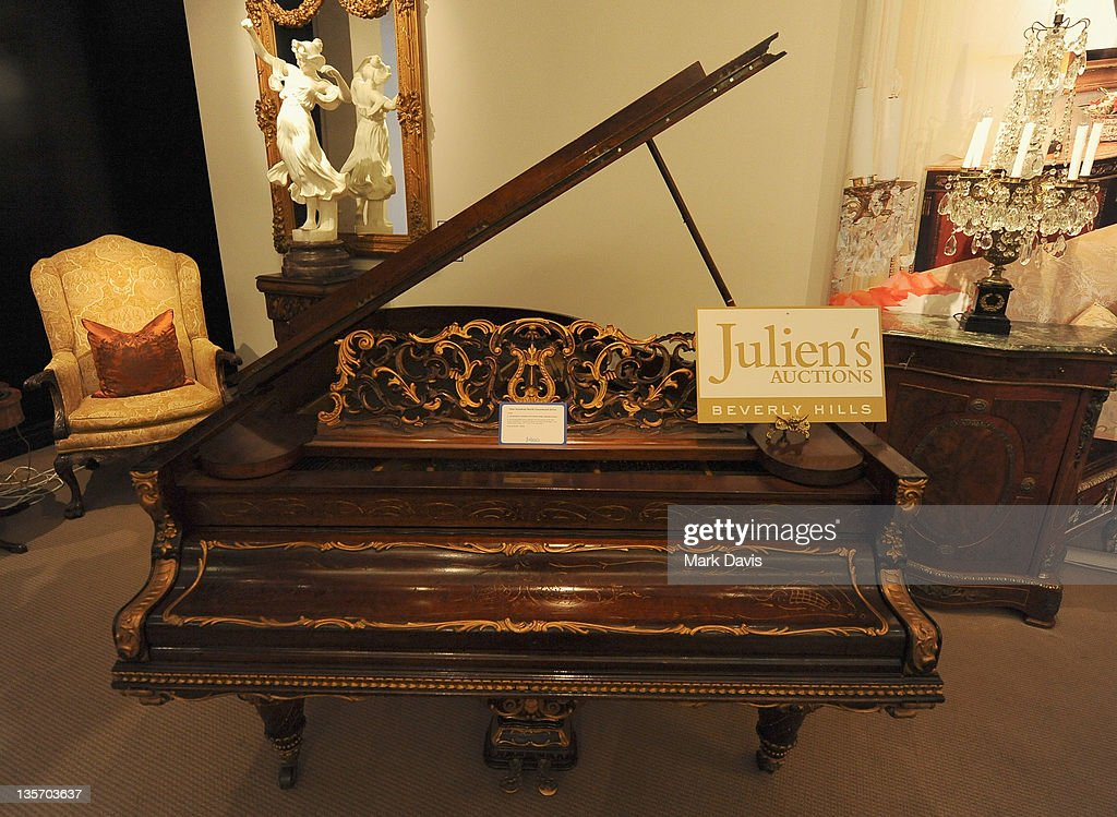 Modern Furniture Auction julien's auctions press day for the exhibition and auction of