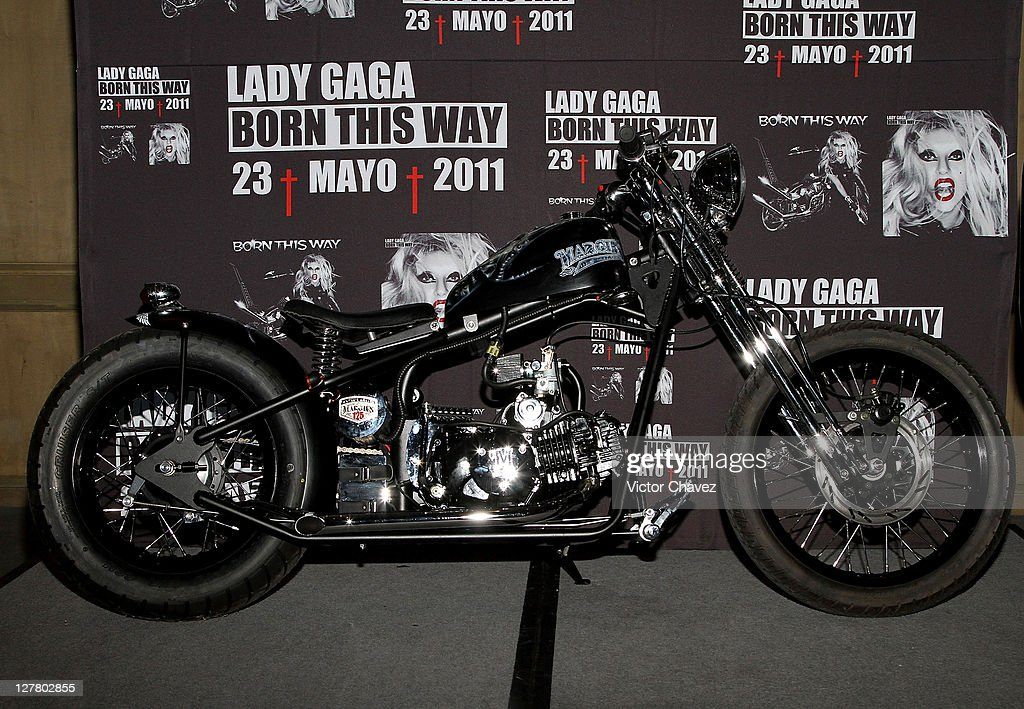 Atmosphere during the <a gi-track='captionPersonalityLinkClicked' href=/galleries/search?phrase=Lady+Gaga&family=editorial&specificpeople=4456754 ng-click='$event.stopPropagation()'>Lady Gaga</a> photocall and a press conference at St. Regis Hotel on May 6, 2011 in Mexico City, Mexico.