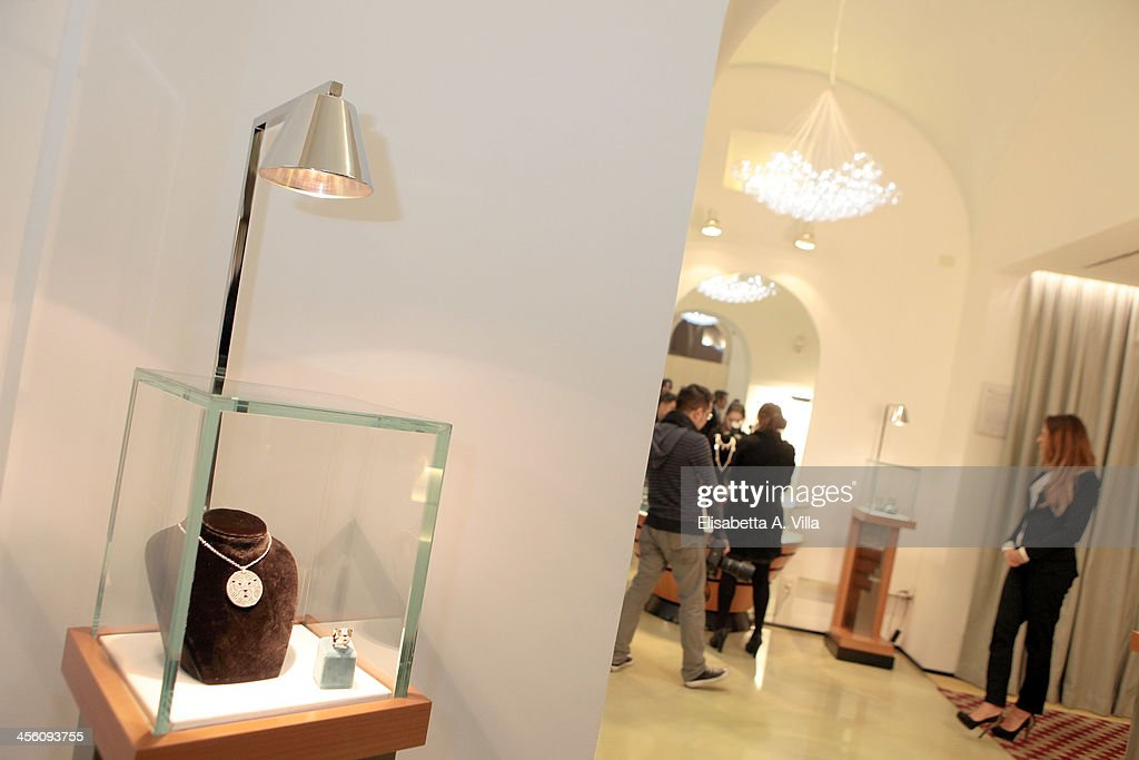 Atmosphere during the 'Luce Preziosa' presentation at the GB ENIGMA by Gianni Bulgari boutique on December 13, 2013 in Rome, Italy. Luce Preziosa is an inspiring christmas jewellery and light TechoArt opera by the artist Geo Florenti.